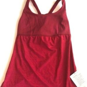 NWT LULULEMON VENUS TANK TOP size 4 Currant Red